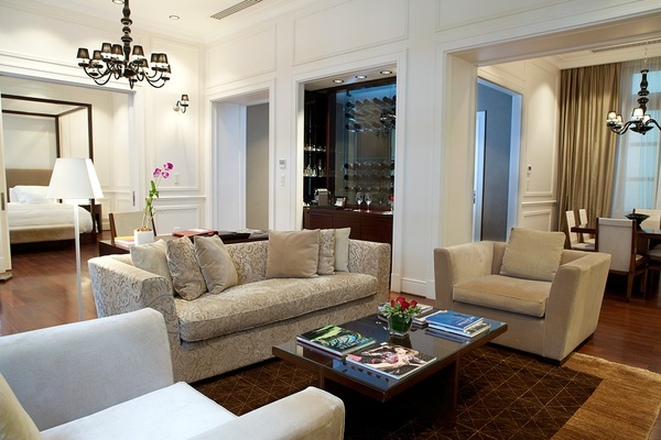 Living Area in Royal Suite at Algodon Mansion