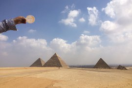 Mr. Saturday Night at the Pyramids of Giza.