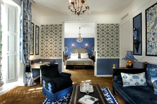 A junior suite at the Saint James Paris.