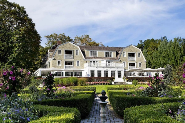 Mayfair Inn, Washington, Connecticut