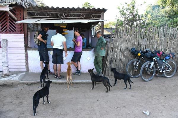 Coffe Hut, Cuba