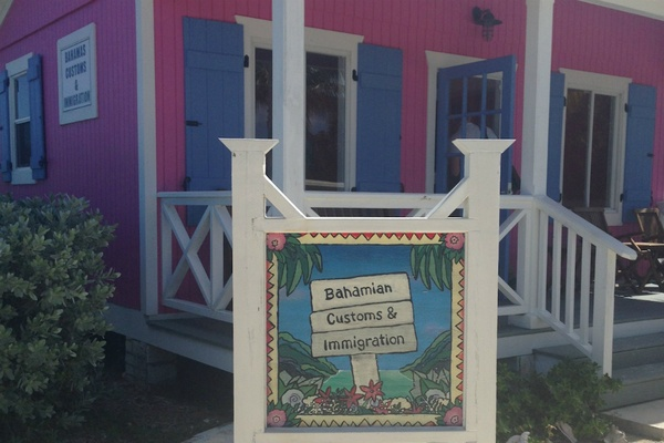 Customs in the Bahamas