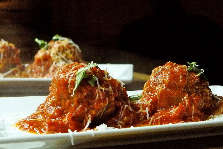 AlMar Alfredo's Meatballs
