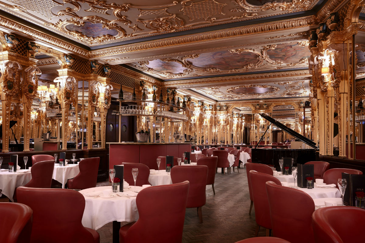 Oscar Wilde Bar at Hotel Café Royal.
