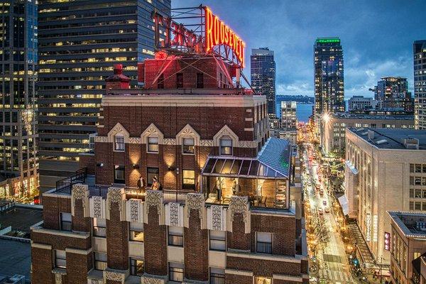 Hotel Theodore.