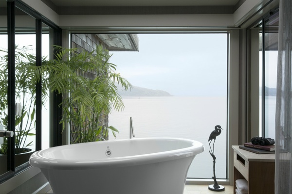 Inn Above Tide Vista Suite Tub