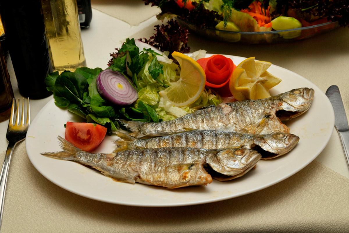 Fresh fish dinner at Suna'nin Yeri.
