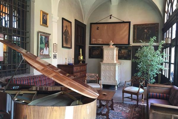 Berluchi Mansion