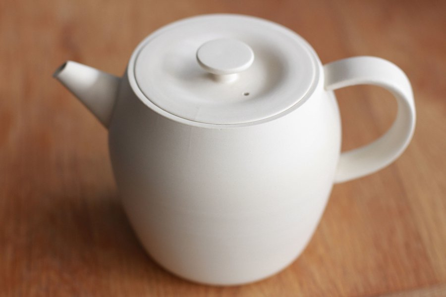 Tokoname Medium White Pot