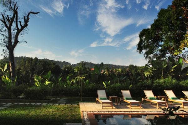 Aspara Rive Droite pool, Luang Prabang, Laos