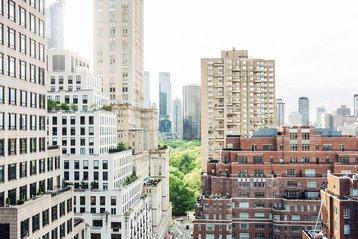 Central Park, Manhattan, Loews Regency New York.