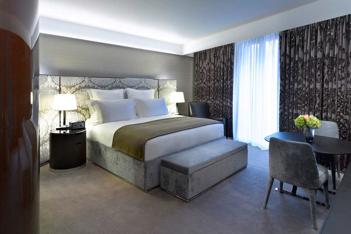Deluxe Bedroom in Bulgari Hotel London