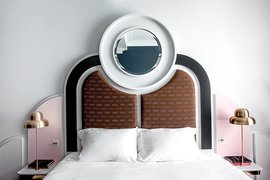 Henrietta Hotel guest room.