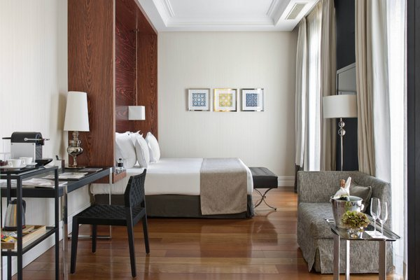 A look inside a suite at Hotel Único Madrid
