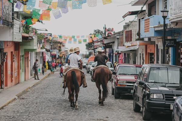 Horses and cowboys Xalapa, Mexico