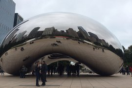 Anish Kapoor's Cloud Gate in Chicago's Millenium Park.