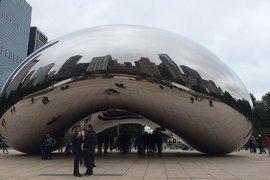 Anish Kapoor's Cloud Gate in Chicago's Millenium Park.