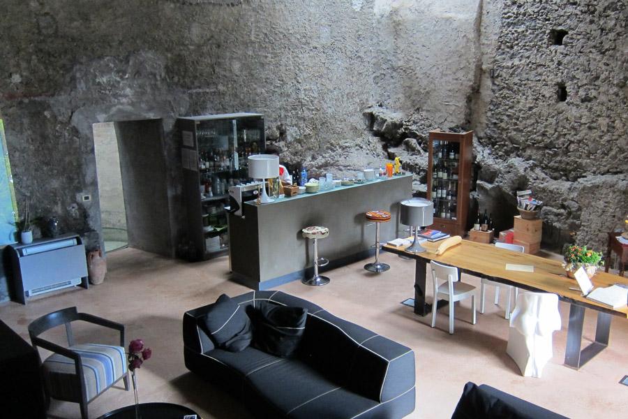 Monaci delle Terre Nere cocktail house