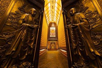 Nanjing's Hall of 1000 Buddhas