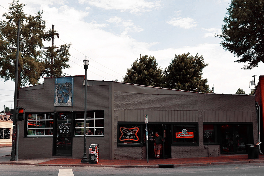 3-Crow Bar in Nashville