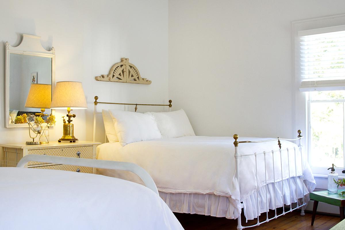 Twin Bedroom at North Branch Inn