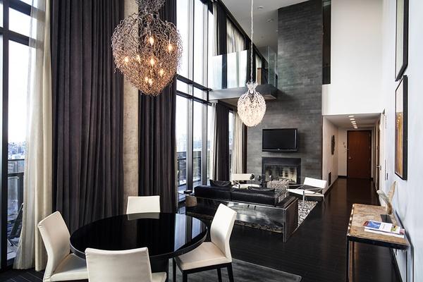 Penthouse, Sixty LES