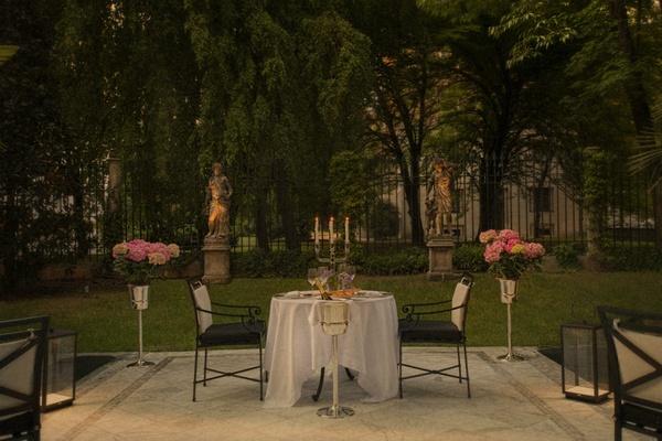 Palazzo Parigi garden dinner