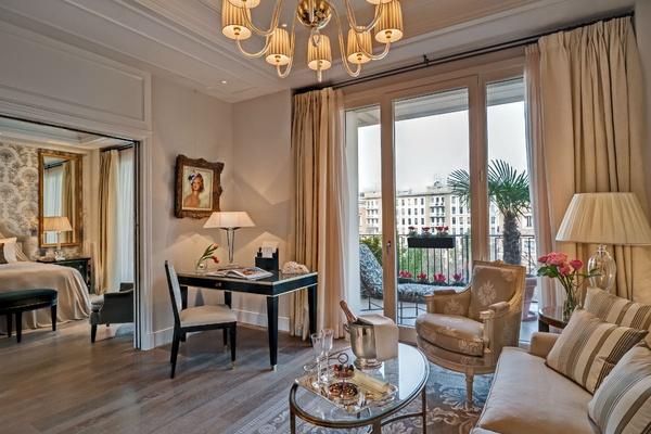 Palazzo Parigi suite