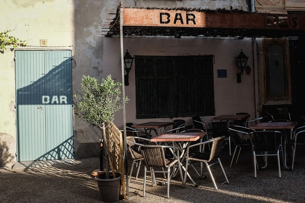 Bar in Provence