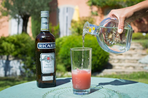 Pouring Ricard Pastis