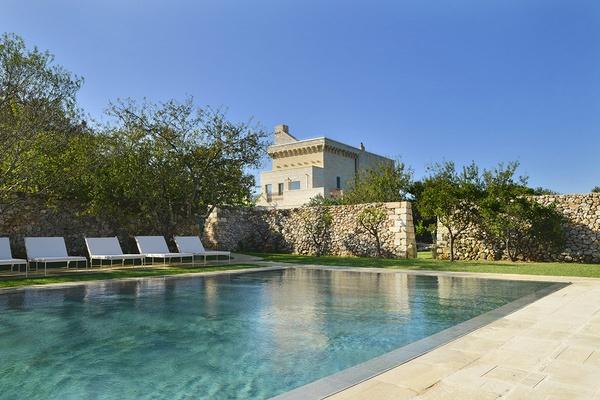 pool at Masseria Trapana