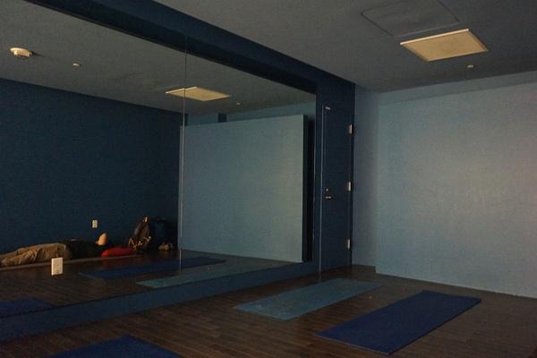 SFO Airport Yoga Interior