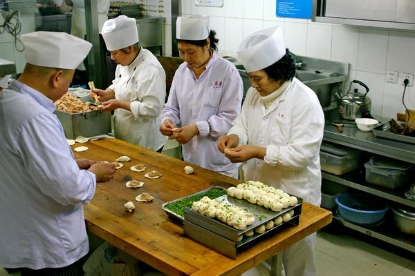 Dumpling chefs, Da Hu Chun, Shanghai