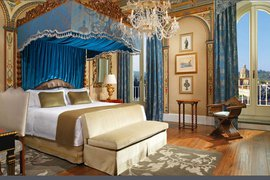It's easy to fall for a room like this. Photo courtesy of The St. Regis Florence.