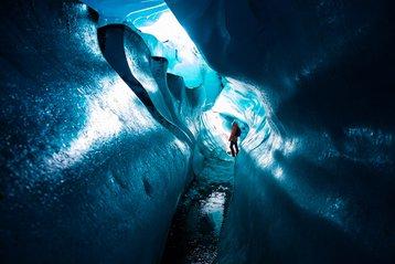 Svínafellsjökull ice cave.