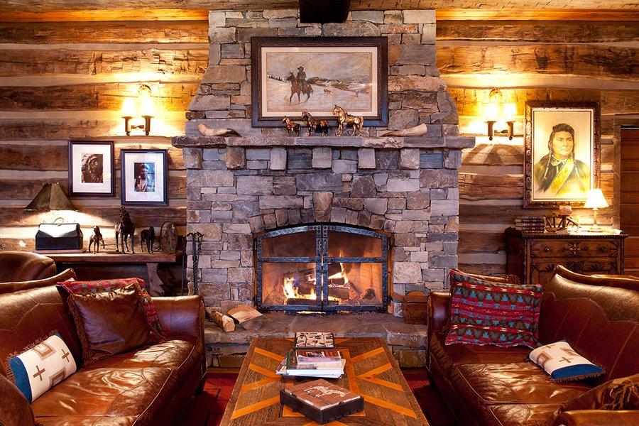 Granite Lounge