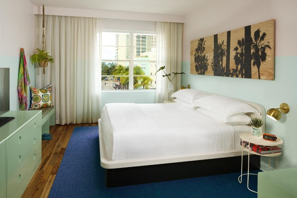 Room at Hall Miami