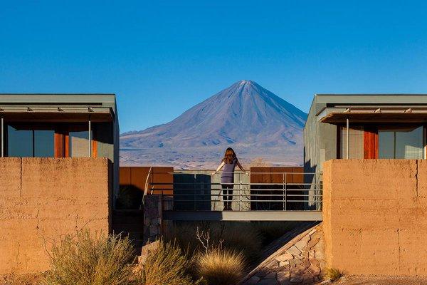 Licancabur volcano and Tierra Atacama.