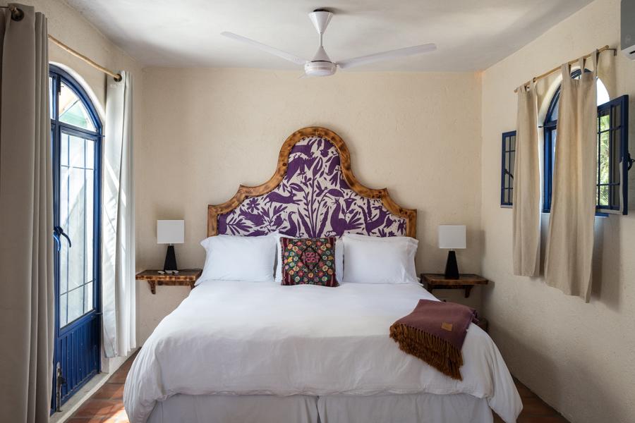 Room at La Bohemia