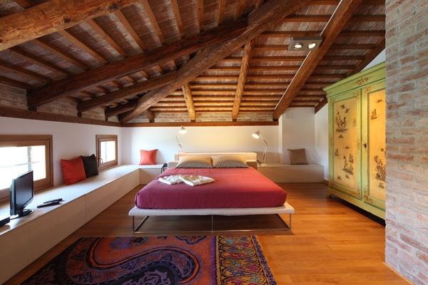 Venissa Bedroom
