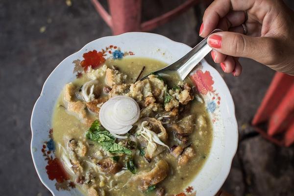Somosa Thoke Soup
