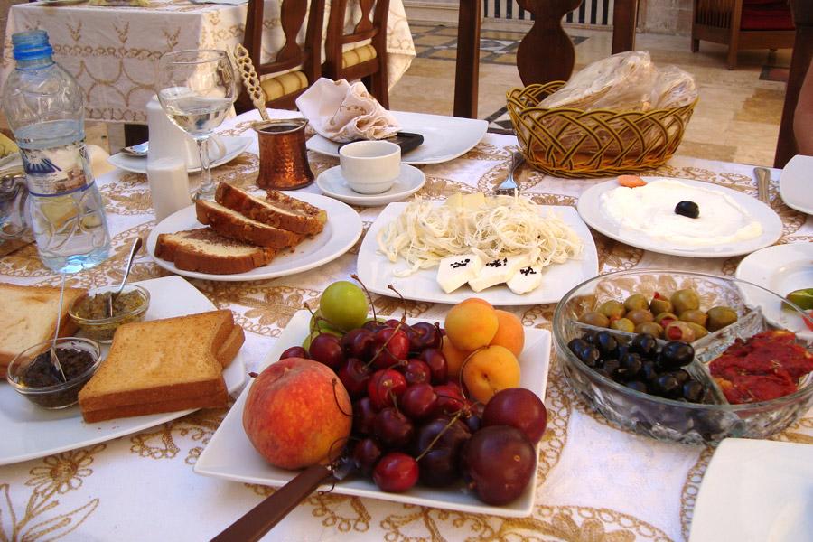 Yasmeen d'Alep breakfast