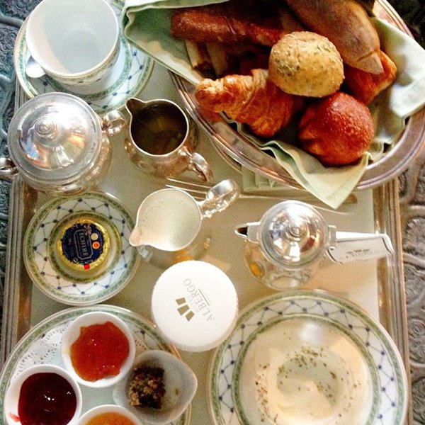 13. Breakfast Tray