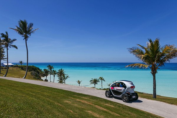 Driving a Twizy Around Bermuda