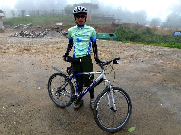 Bhutan biker