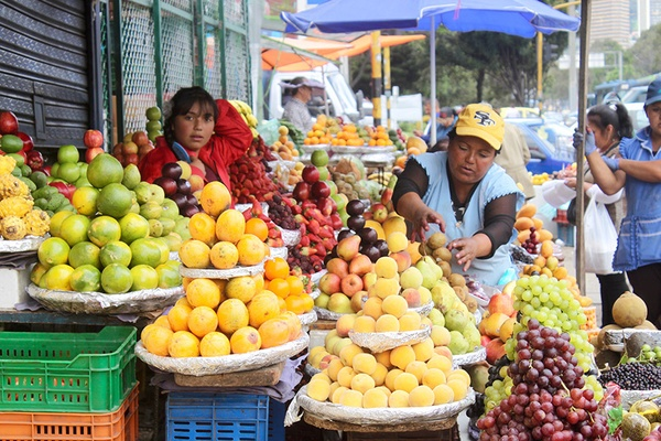 A fruit stand at the Paloquemao Market.