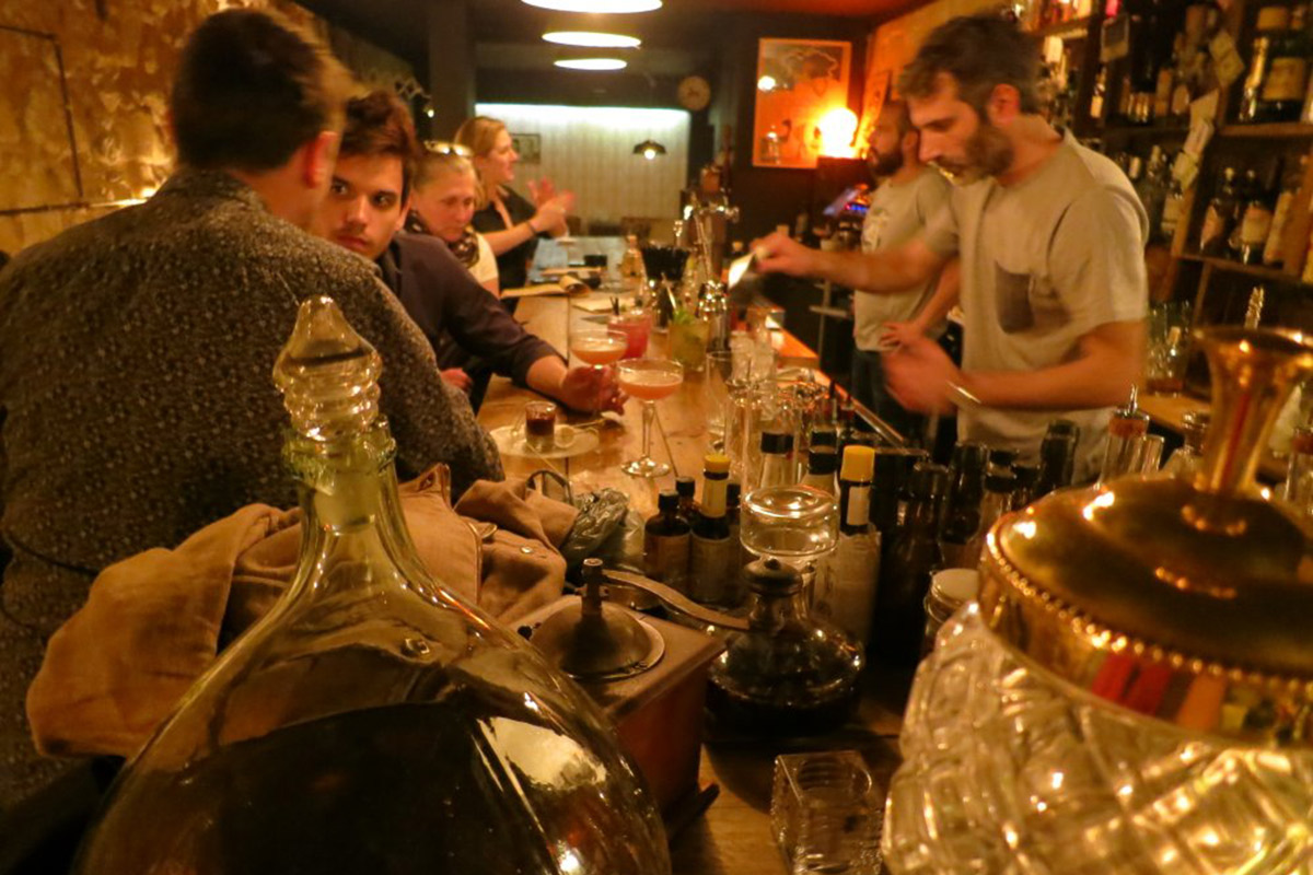 Alchemist Wine Bar in Bordeaux