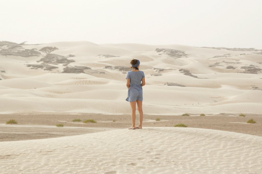 Looking for white dunes.