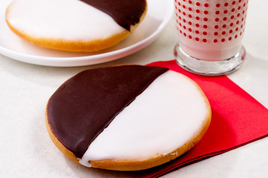 William Greenberg Desserts Famous Black and White Cookies