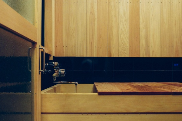 Hinoki wood tub